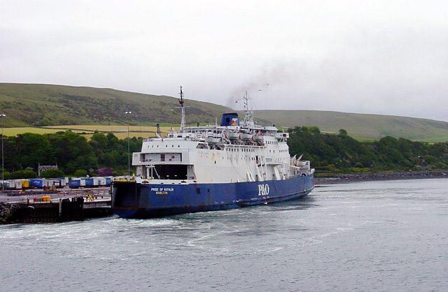 Port Cairnryan | photo by Linda Bailey (cc by sa 2)