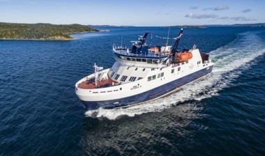 <em>Veteran</em> for Canadian lifeline vessel replacement
